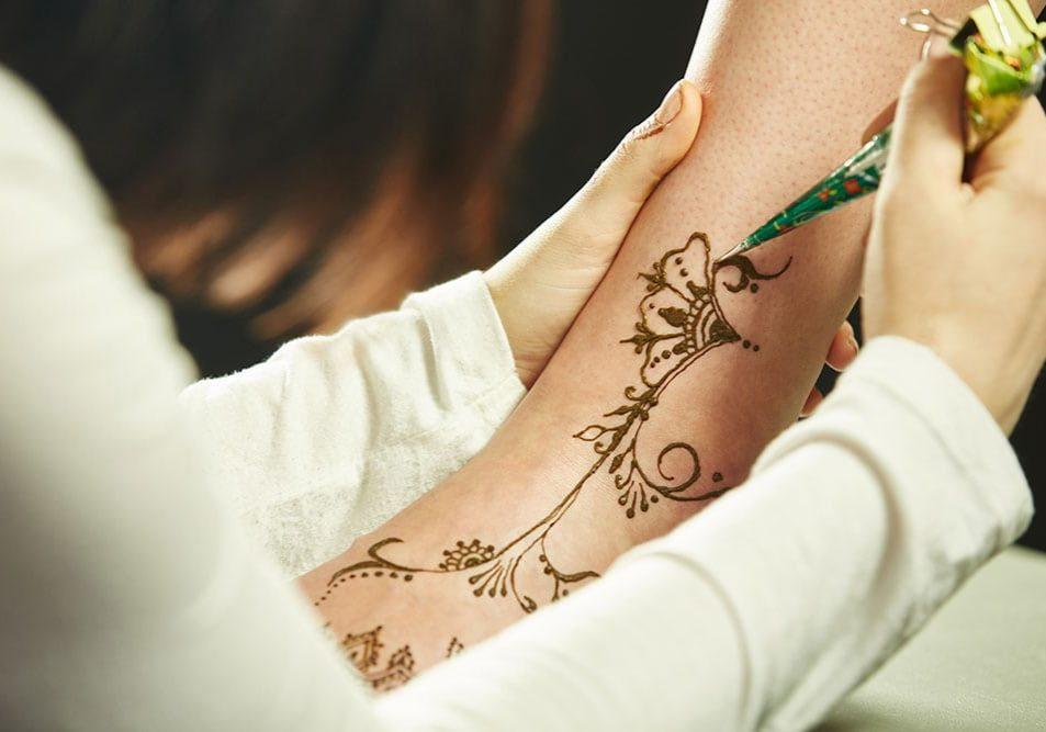 Art-of-mehndi—henna-body-art