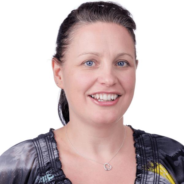 Helen-Photo-Prof